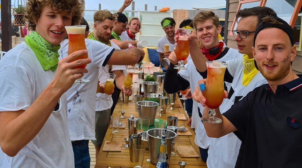 cocktail-workshop-mannen-scheveningen